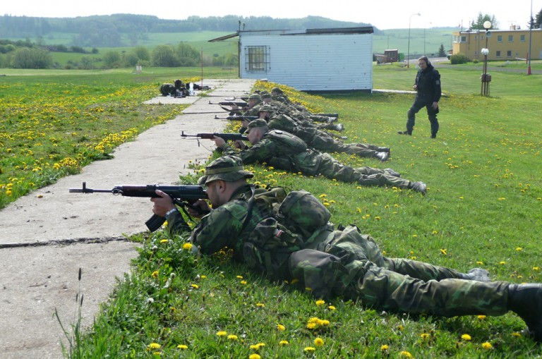 Výcvik pro ozbrojené složky